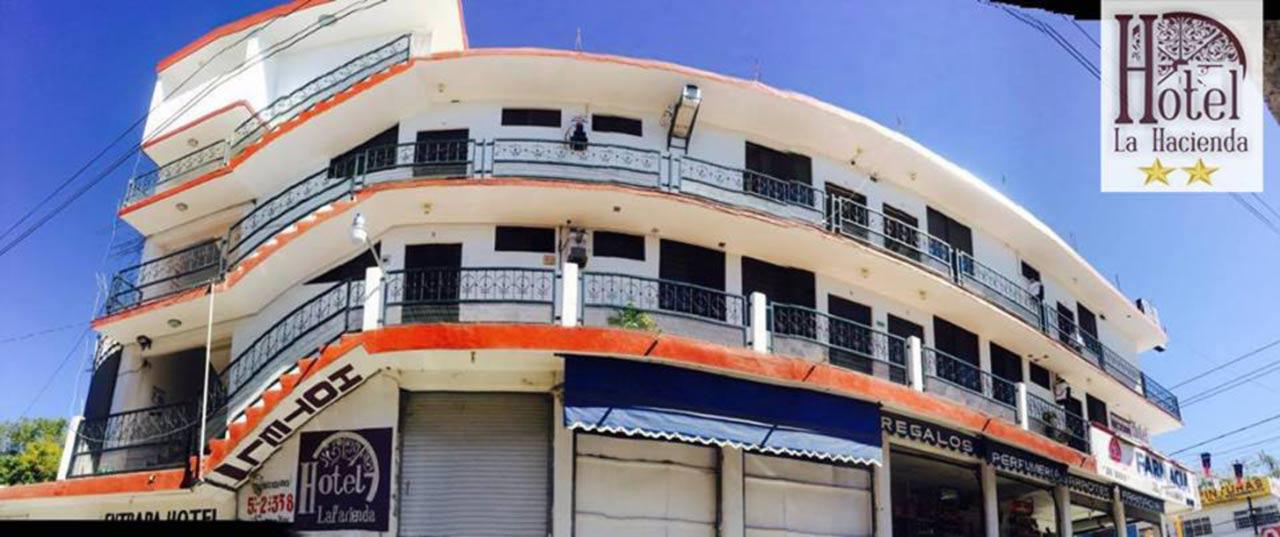 Hotel-La-Hacienda-2