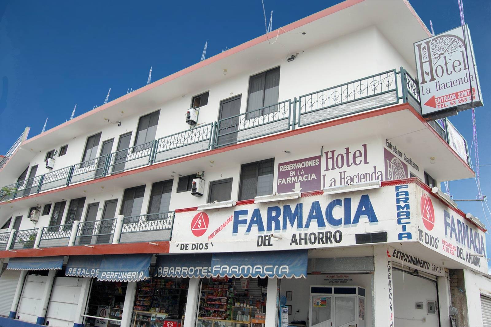 Hotel-La-Hacienda